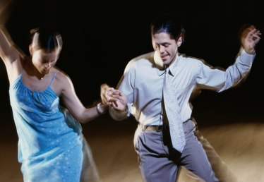 Swing Dance Clothing Styles