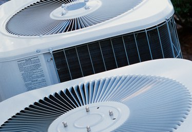 How to Figure the Capacitor Size of an Air Conditioning Unit