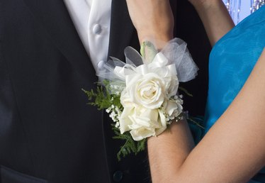 How to Make a Silk Wrist Corsage Using an Elastic Wristlet