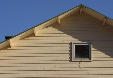 How to Enclose Eaves
