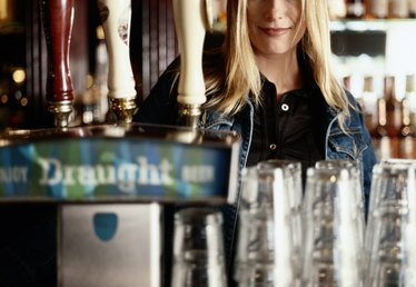 What Qualifications Do You Need to Be a Bartender?