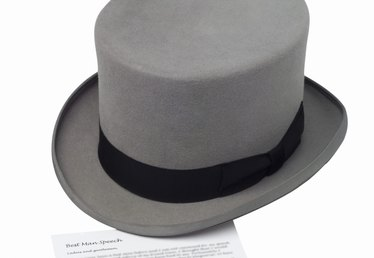 How to Make Mini Top Hats Out of Stiff Craft Felt