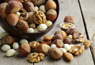 Which Macronutrients Do Nuts Contain?