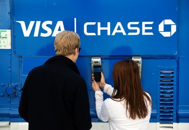 How do I Redeem Chase Visa Signature Credit Card Points?