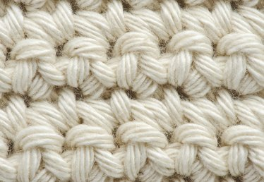 How to Do Single Crochet Stitches
