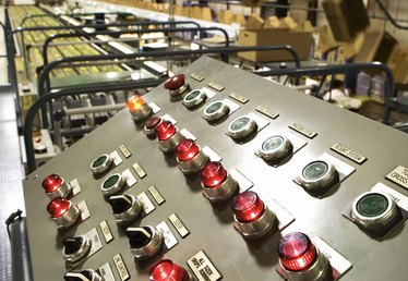 What Are the Disadvantages & Advantages of a Flexible Manufacturing System?