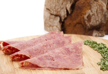 Difference Between Flat Cut & Point Cut Corned Beef