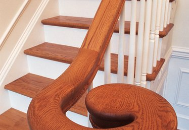 How to Curve Wood Railings