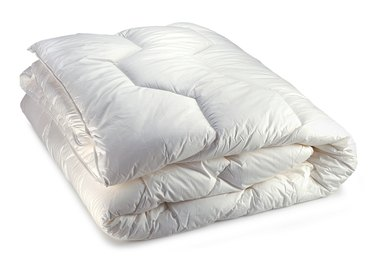 What Is the Difference Between Baffle and Box Down Comforters?