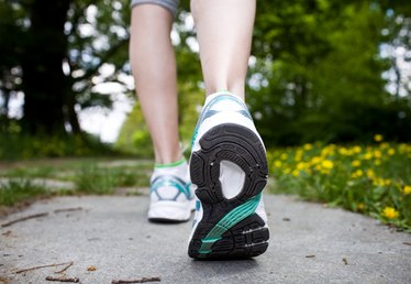What Are the Causes of Sharp Pain in Ankle Joint When Walking?
