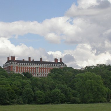 The Royal Star and Garter Home on Richmond Hill, now a care home for ex-servicemen and women, is on the site of an earlier hotel.