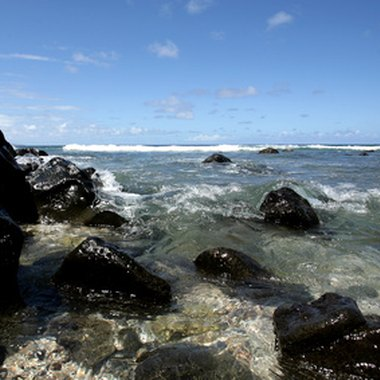 The Kona coast has some of the clearest waters in Hawaii.
