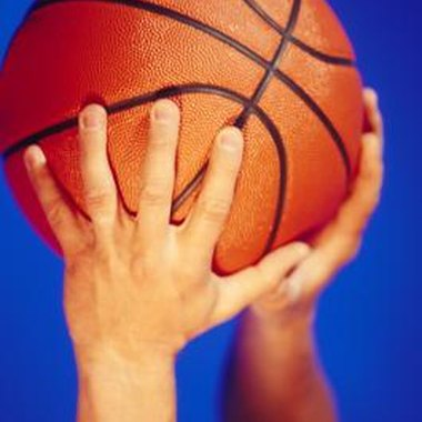 Southern California has a number of youth basketball camps available for kids.