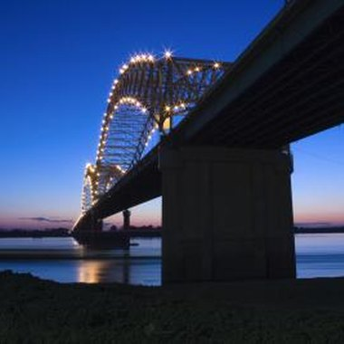 The Hernando DeSoto bridge crosses the Mississippi at Memphis.