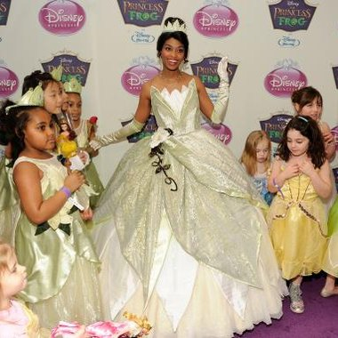 A special dress-up area would be a welcome addition to your princess-obsessed daughter's bedroom.
