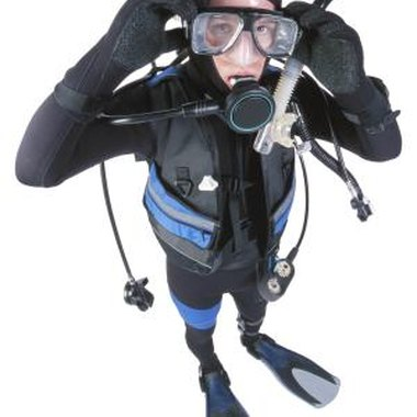 It's important to stay safe when scuba diving.