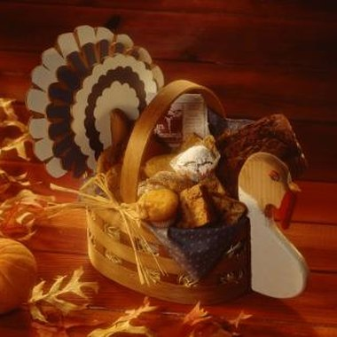 Don't reinvent the wheel; stick with a turkey or leaf theme.