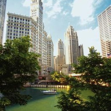 Hotels along Wacker offer stunning views of the river and the downtown skyline.