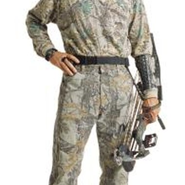 Plan a camouflage-themed 40th birthday party to impress the hunting enthusiast.