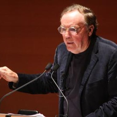 James Patterson is the author of