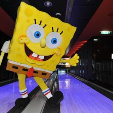 Use themes from the show to create SpongeBob Squarepants party games.