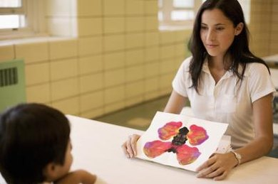 Preparing for a career in art therapy begins with the classes you take in college.