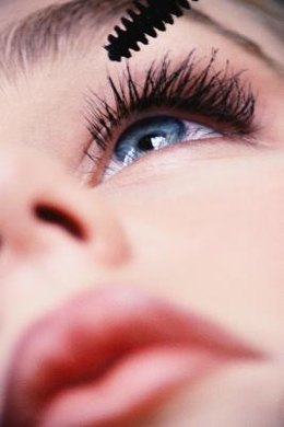 Elongating your lashes with mascara can make your eyes appear bigger.