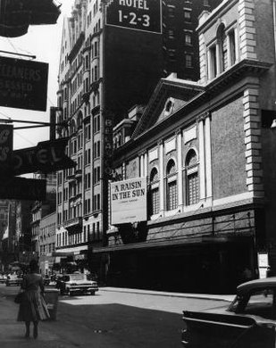 """A Raisin in the Sun"" played in New York in 1959."