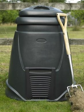 This composter is a small-scale version of the systems used in bioremediation.