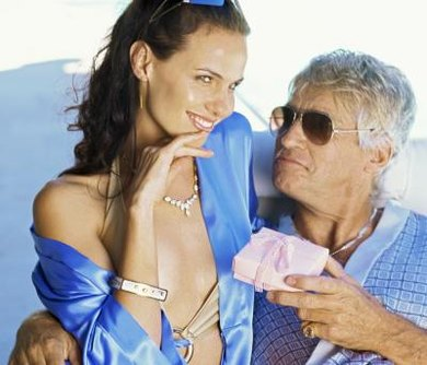 dating an older man pros and cons