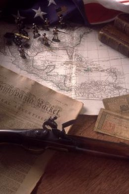 Use replicas of Revolutionary War maps, paintings and diary entries to create engaging lessons.