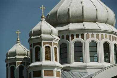 Oriental Orthodoxy and the Eastern Orthodox Church differ on their understanding of Christ's nature.