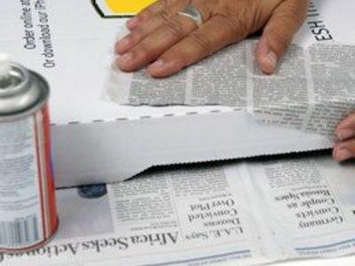 Apply a base of newsprint.
