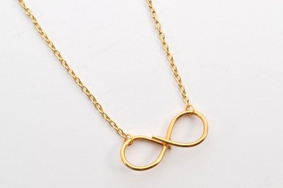 Make a super simple infinity necklace with just one strand of wire.