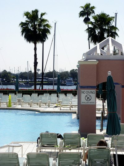 State Of Florida Swimming Pool Laws With Pictures Ehow