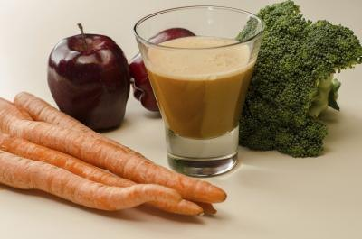 Juicing can help you shed unwanted belly weight.