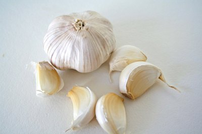 Garlic breath may be worth it when it comes to libido.