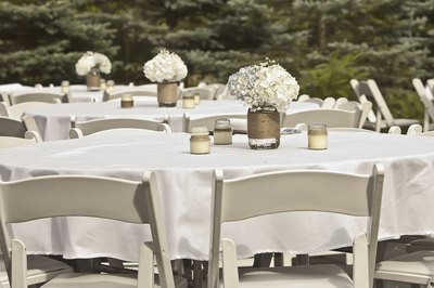 White decor is an appropriate choice for a confirmation party.