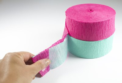 Fold and tape streamers