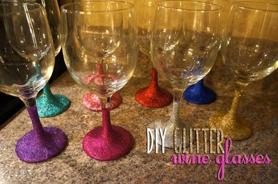 Dazzle guests by adding glitter to your holly jolly glassware.