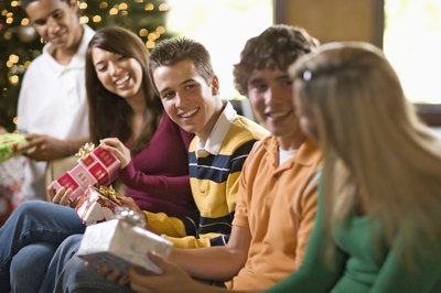 Buying gifts for teenagers can be a brain-wracking endeavor