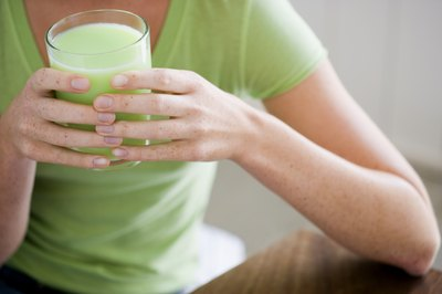 Woman with Spirulina beverage