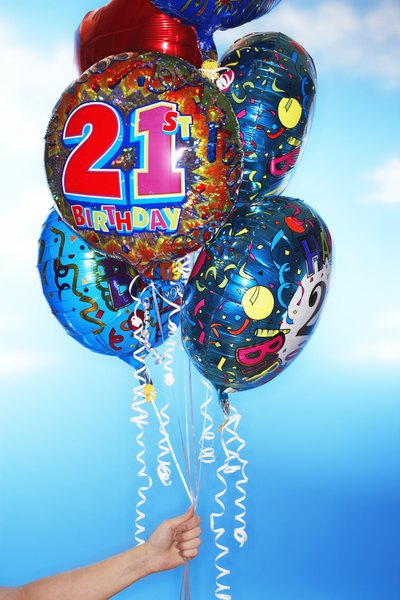 Top 21 Things to Do on Your 21st Birthday with Pictures eHow
