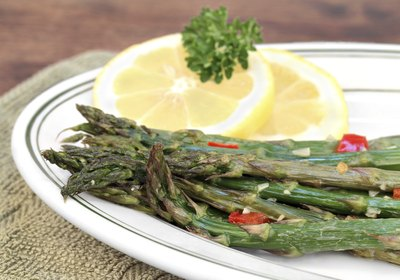 Roasted asparagus on plate
