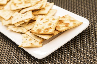 Plate of saltine crackers