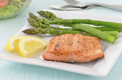 Salmon and asparagus on a plate