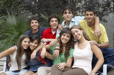 Teens who find group membership have fewer behavioural problems.