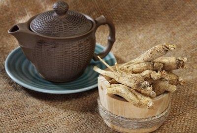 Ginseng root and tea