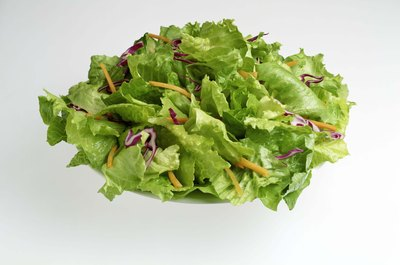 Lettuce is a low-purine vegetable.