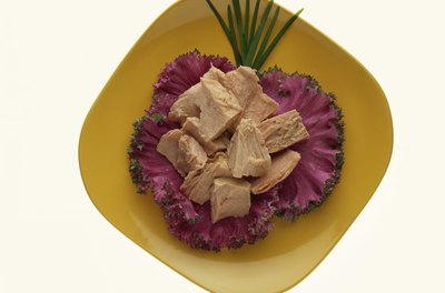 A snack with chunk light tuna provides heart-healthy omega-3 fats.